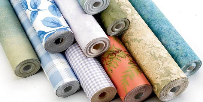 papel tapiz es tendencia buscando rollos